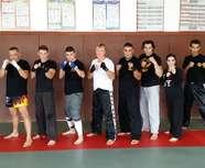 Karaté defense training : Entrainement pieds/poings