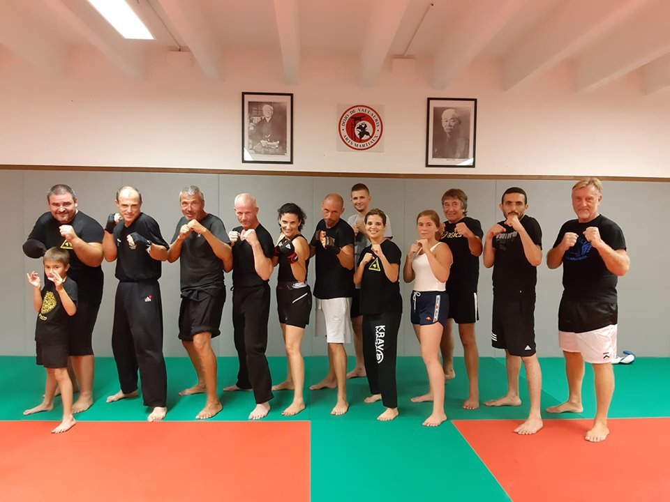SELF DEFENSE / KRAV MAGA / SAVATE BOXE FRANCAISE